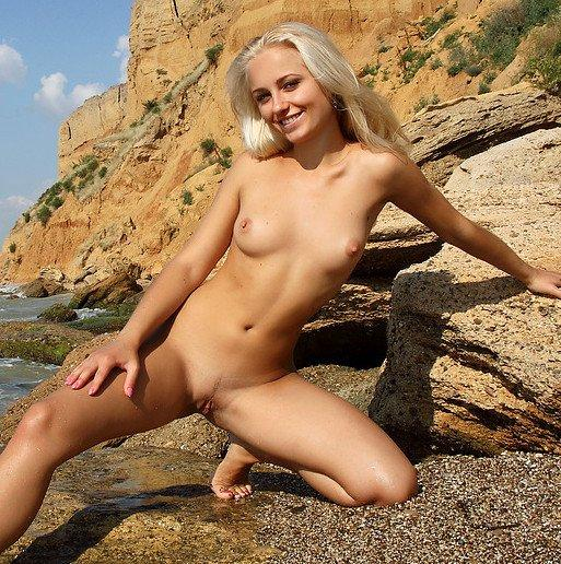 MPL erotika – Tess strandol