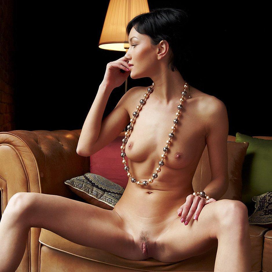 Errotica erotika – Belle