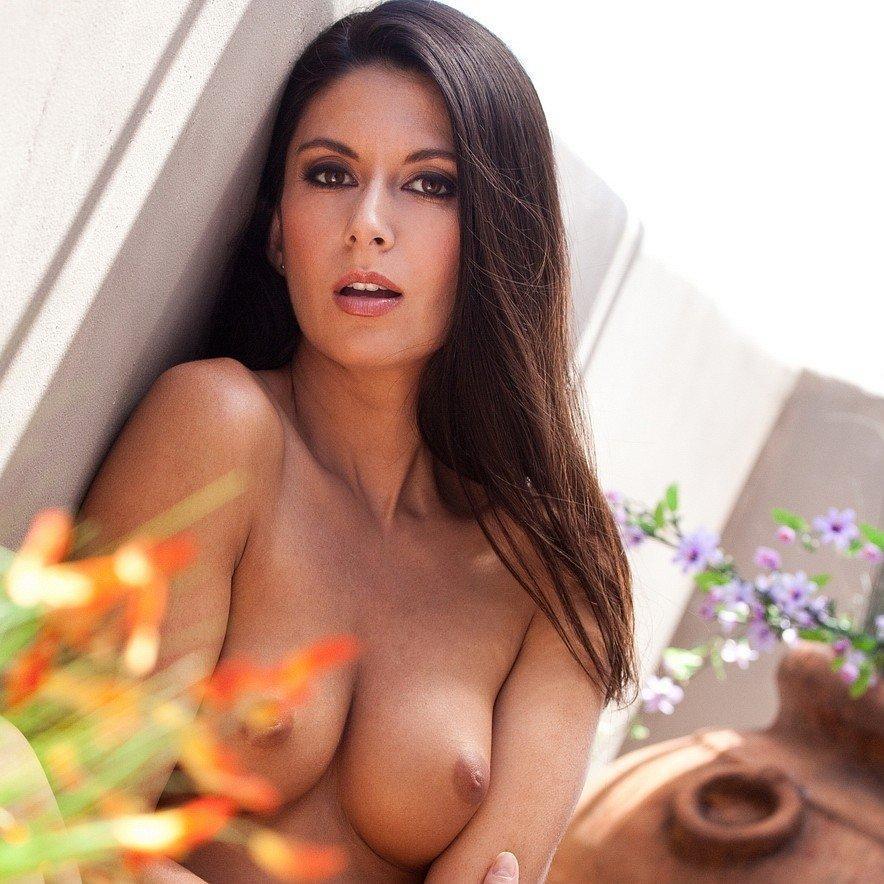 DDG erotika – Nikki Daniels