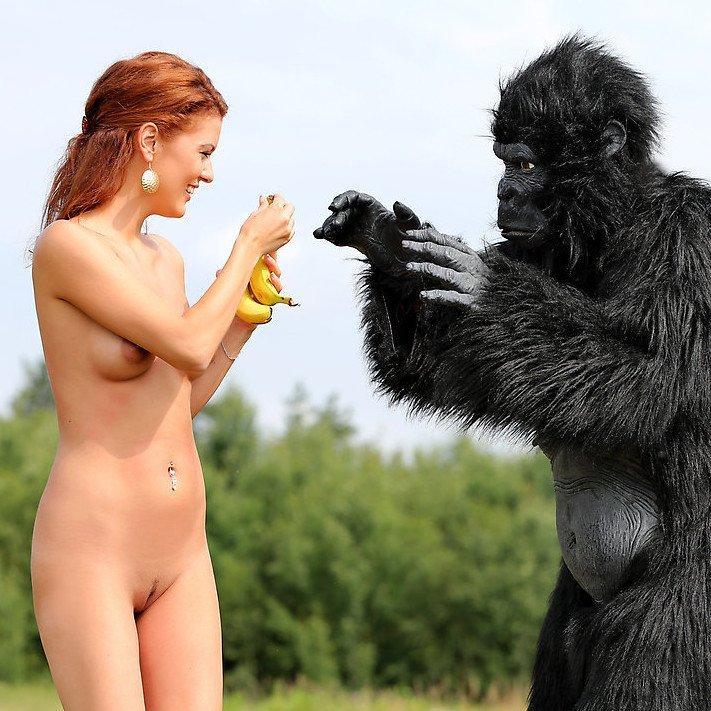 W4B erotika – Becca és a jeti