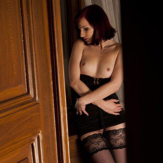TLE tini erotika – Leila