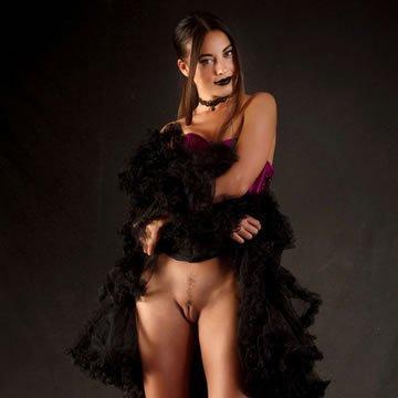 Lorena - szexi fűző és plüssmaci