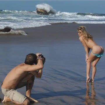 Nikky Case - erotikus fotózás a tengerparton