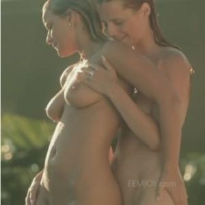 Erotika - meztelen csajok