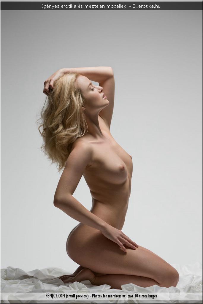 femjoy meztelen modellek technikák arra, hogy egy lány pisiljen
