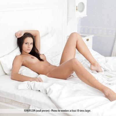 erotika-meztelen-mira-115..jpg