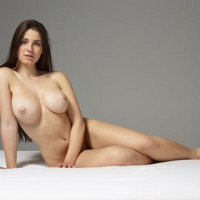 erotika-meztelen-yara-111..jpg