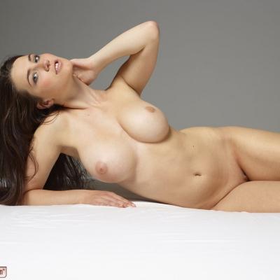 erotika-meztelen-yara-112..jpg