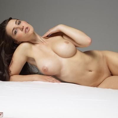 erotika-meztelen-yara-113..jpg