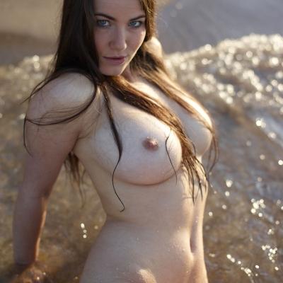 erotika-meztelen-yara-106..jpg