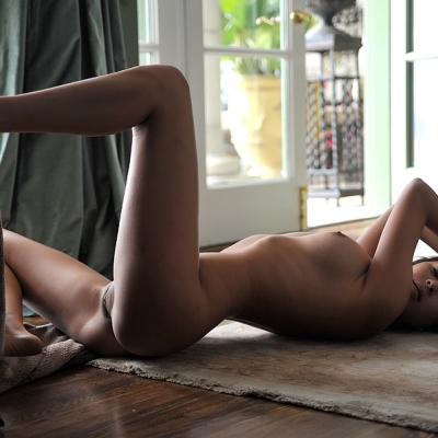 3x-erotika-nina-james-110.jpg