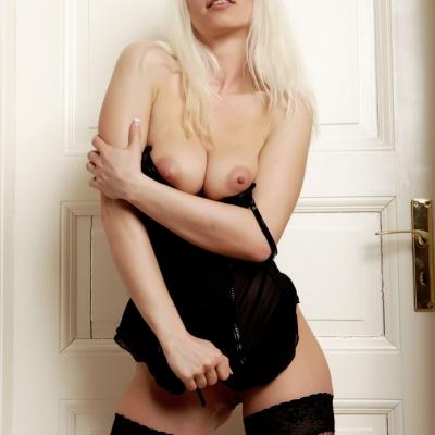 3x-erotika-mc-nudes-isabell-105.jpg