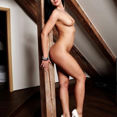 3x-erotika-mc-nudes-katie-105.jpg