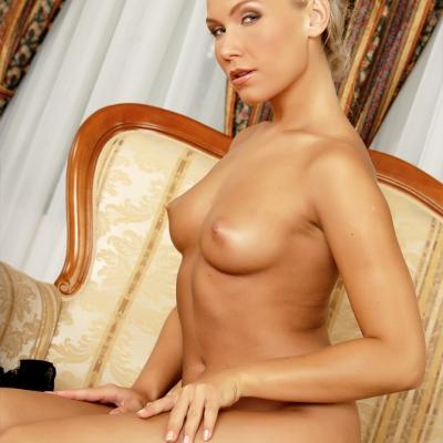 3x-erotika-mc-nudes-micaela-113.jpg