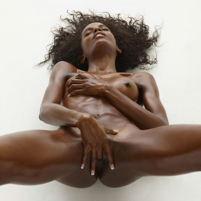 3x-erotika-valerie-101.jpg