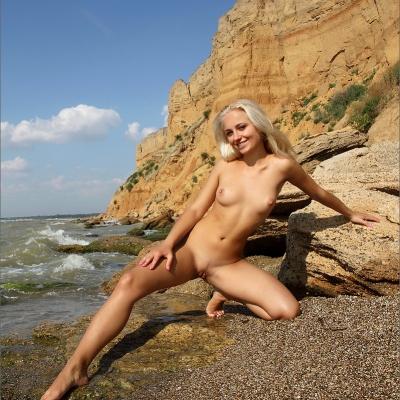 3x-erotika-mpl-tess-106.jpg
