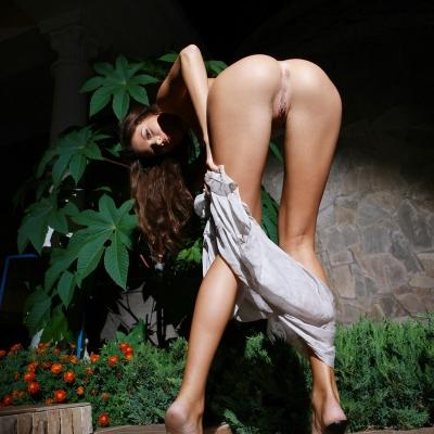 3x-erotika-metmodels-emily-105.jpg