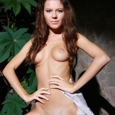 3x-erotika-metmodels-emily-106.jpg