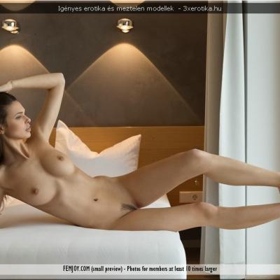 20200704- Erotika - Jasmine 102.jpg