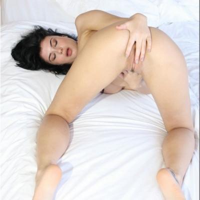 20200504- Erotika - Lucy 109.jpg