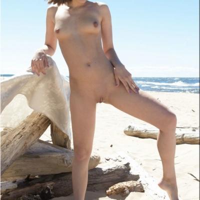 20070704- Erotika - Selena 105.jpg
